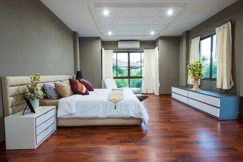 doğal ışık alan yatak odası