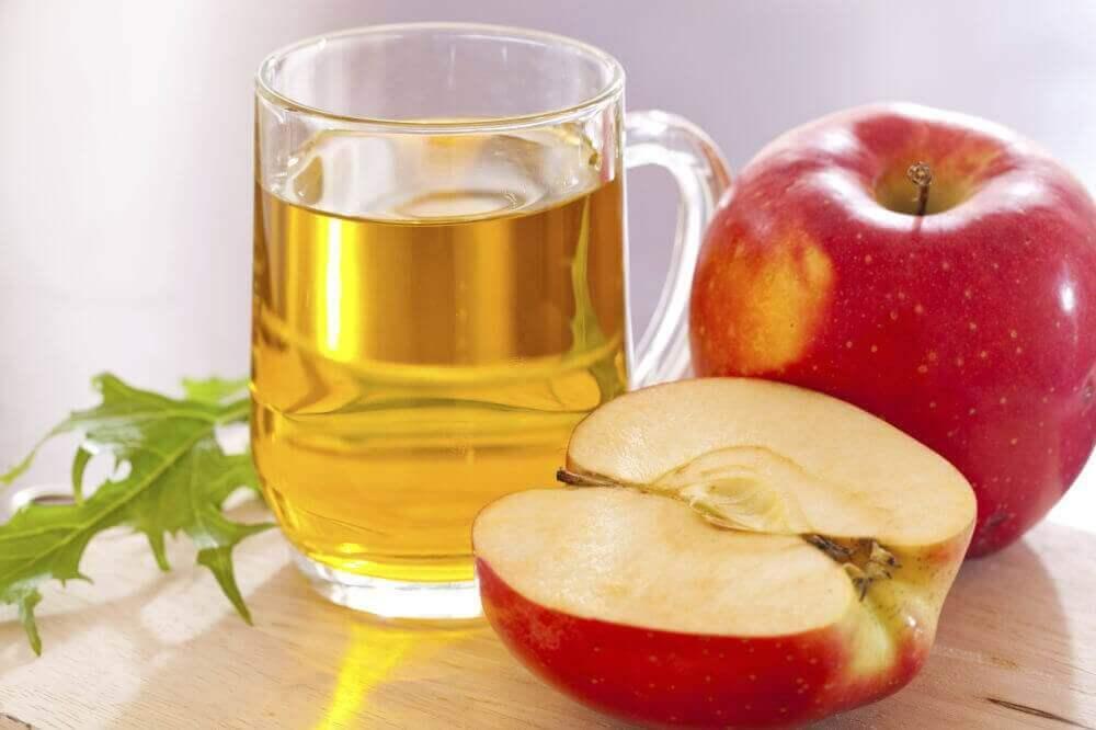 karaciğer yağlanması için elma suyu