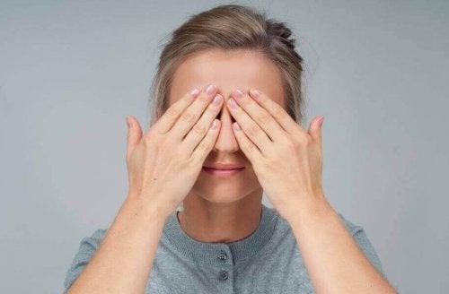 Göz Sağlığınız İçin Bu 4 Egzersizi Uygulayın