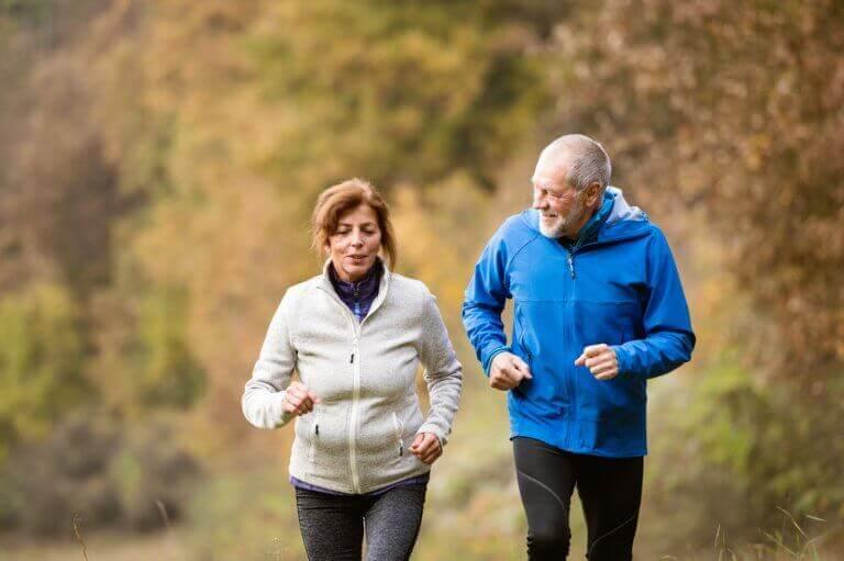 yaşlılık yıllarına sağlıklı ulaşmak için egzersiz