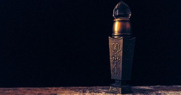 metal parfüm şişesi