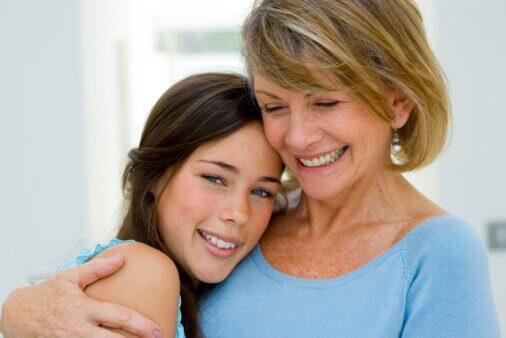 mutlu anne ve kızı