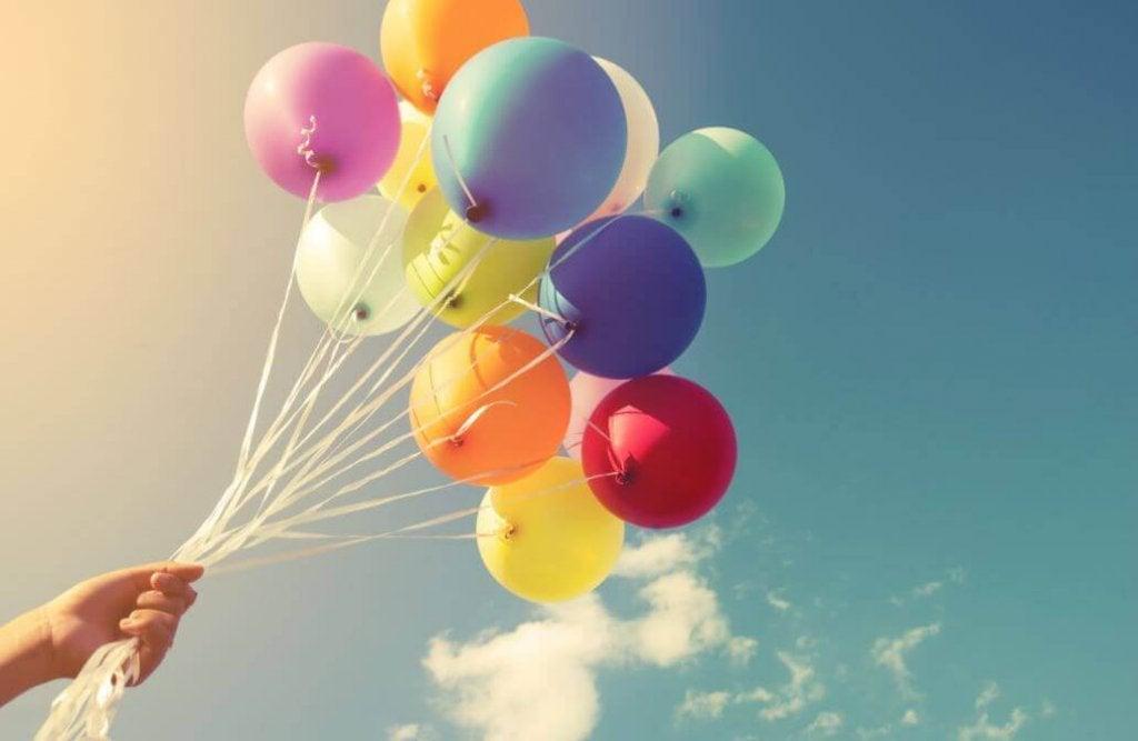 Balonlarla Süsleme Yapmanın En İyi 16 Yolu