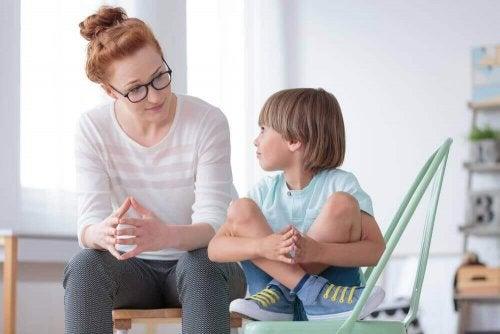 Neden Çocuğum Beni Dinlemiyor?