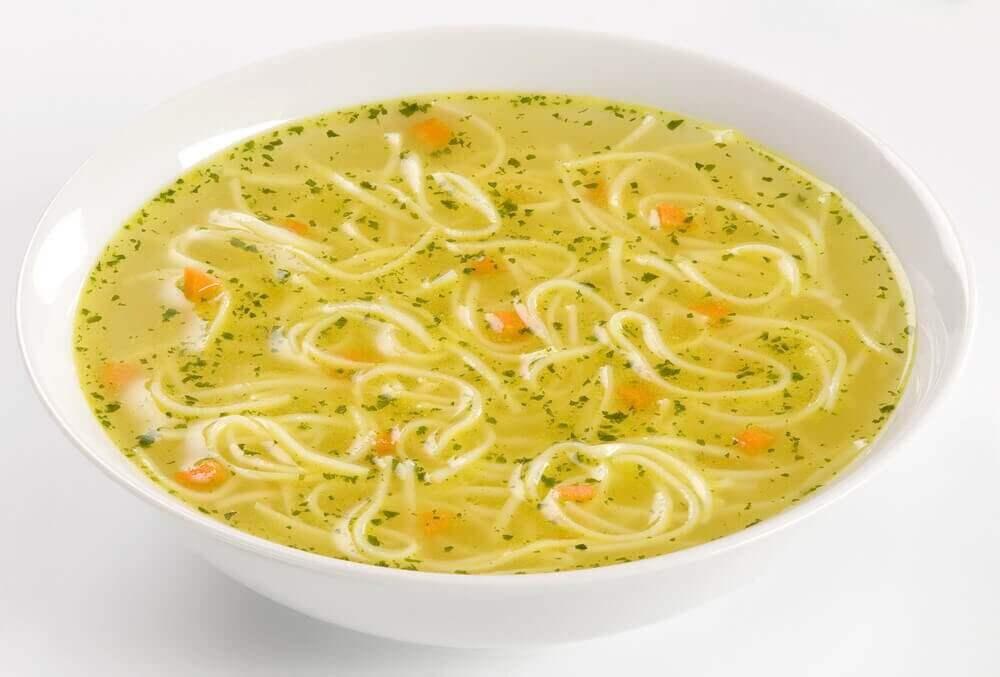 noodle çorbası