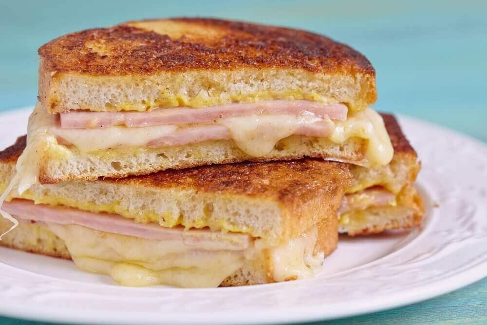 Lezzetli Monte Cristo Sandviç Nasıl Yapılır