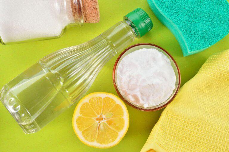 deodorant lekeleri tuz ve sirke