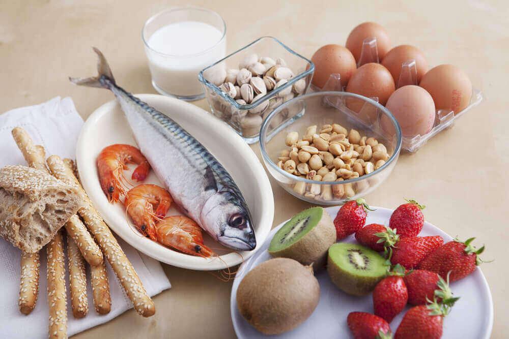yumurta balık kivi çilek ve diğer alerjen gıdalar