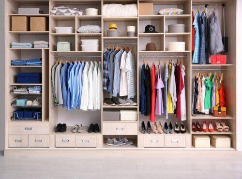 Kıyafet Düzenleyicinizi Kendiniz Yapın