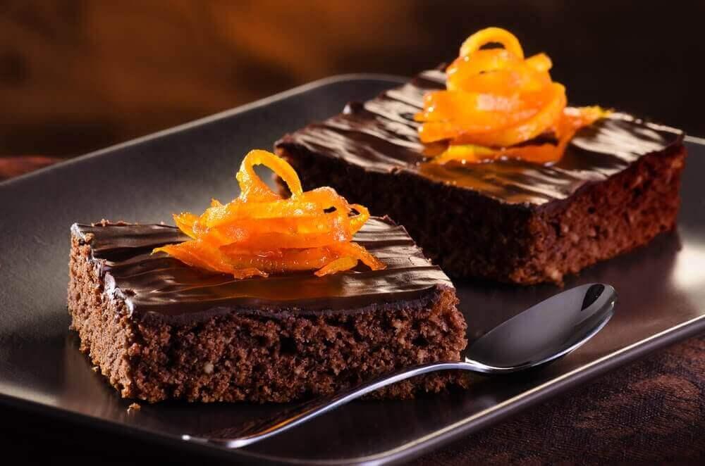 Çikolatalı Portakallı Kek Tarifini Mutlaka Deneyin
