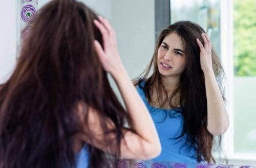 Saçların Kabarmasını Önlemek İçin Doğal Çözümler