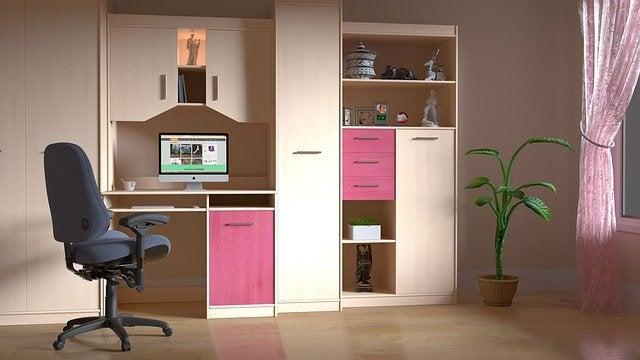 toplu ve temiz dolaplı oda