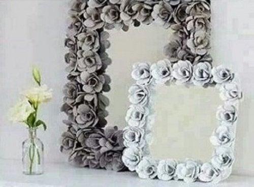 çiçekli aynalar
