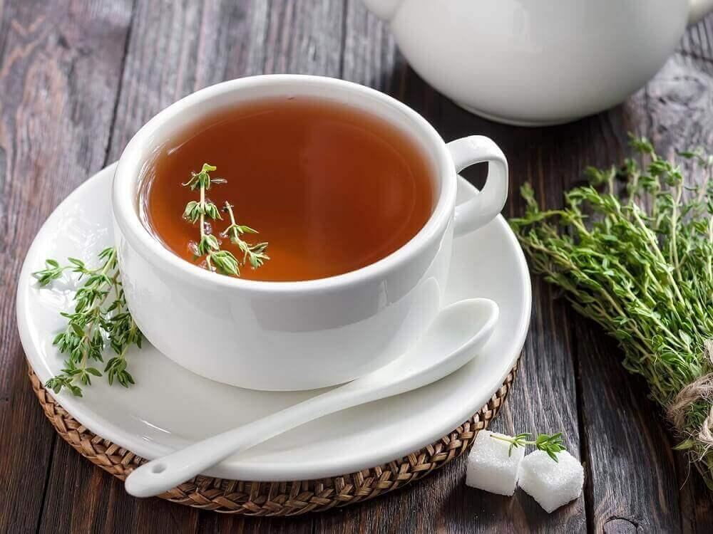 bir bardak kekik çayı