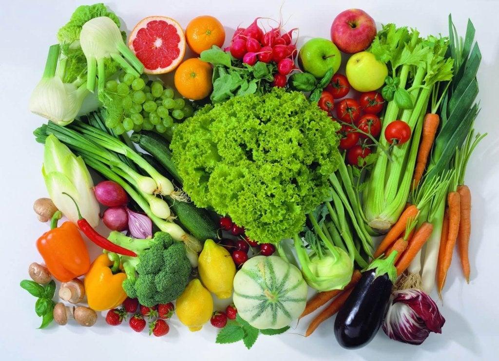 Düzenli Olarak Tüketmeniz Gereken Kansere Karşı Faydalı 7 Meyve ve Sebze