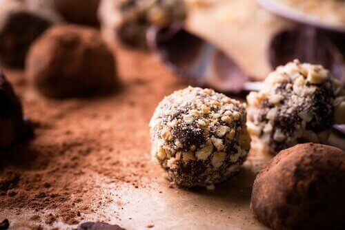 çikolatalı trüf tatlı