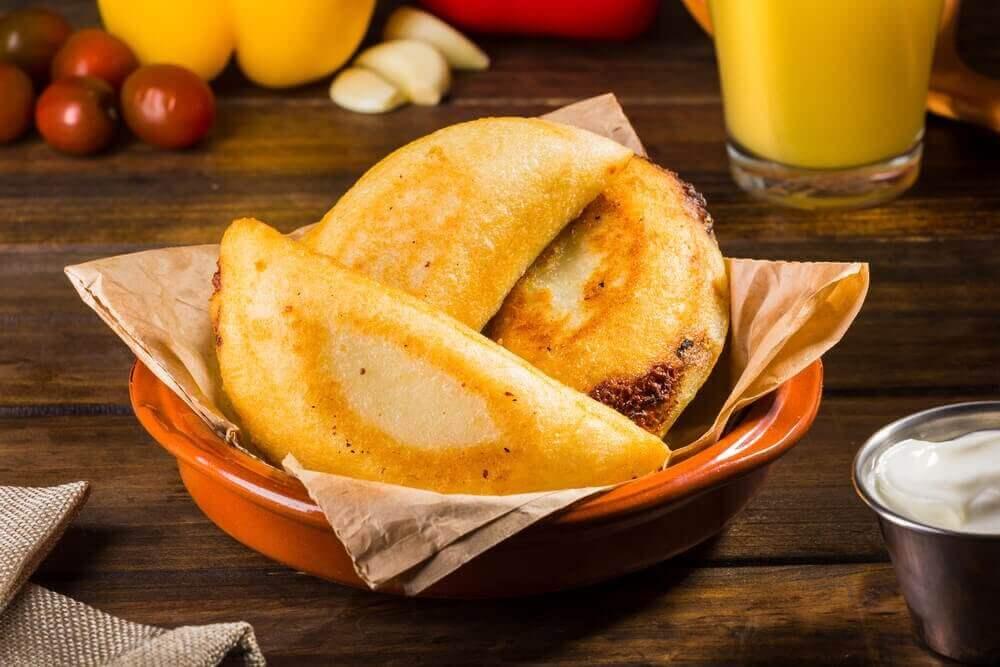 Kolay Aperatif Tarifi: Mini Empanada