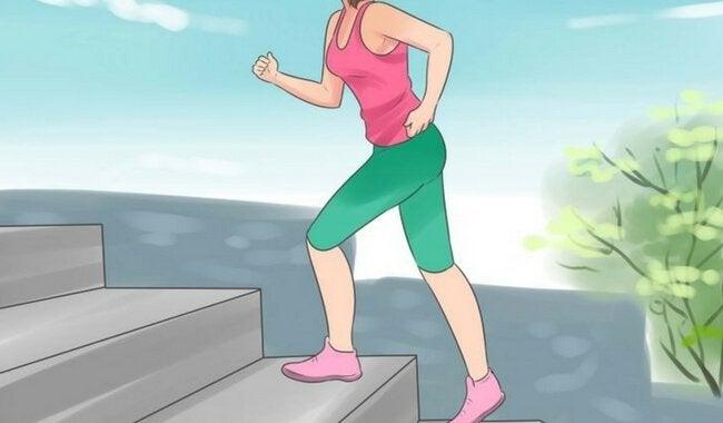 merdivende spor yapan kadın