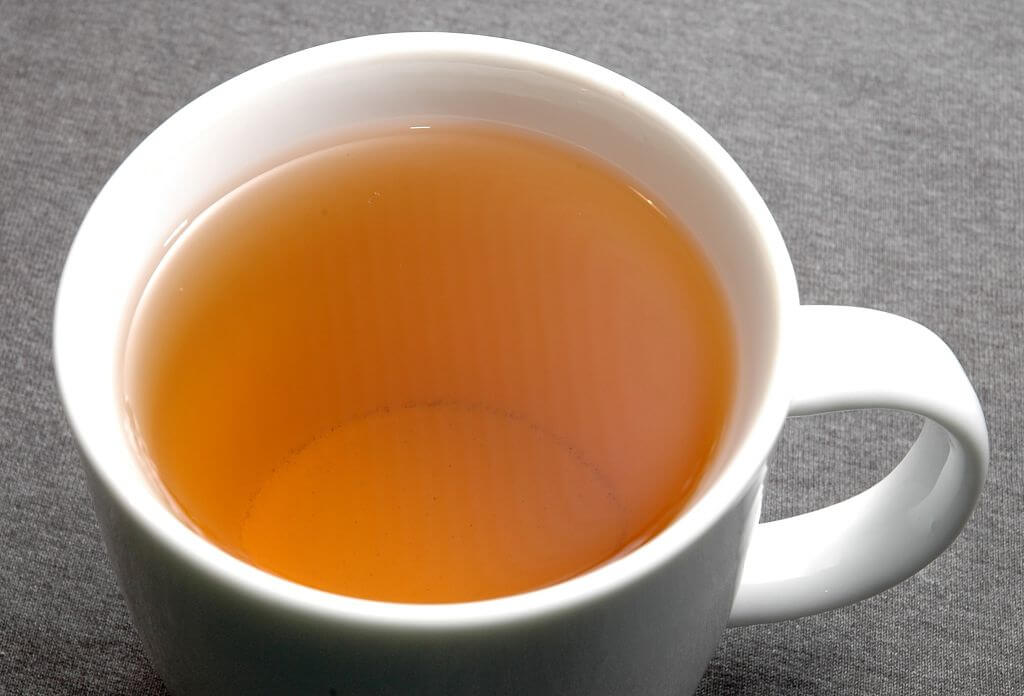 bardakta turuncu çay