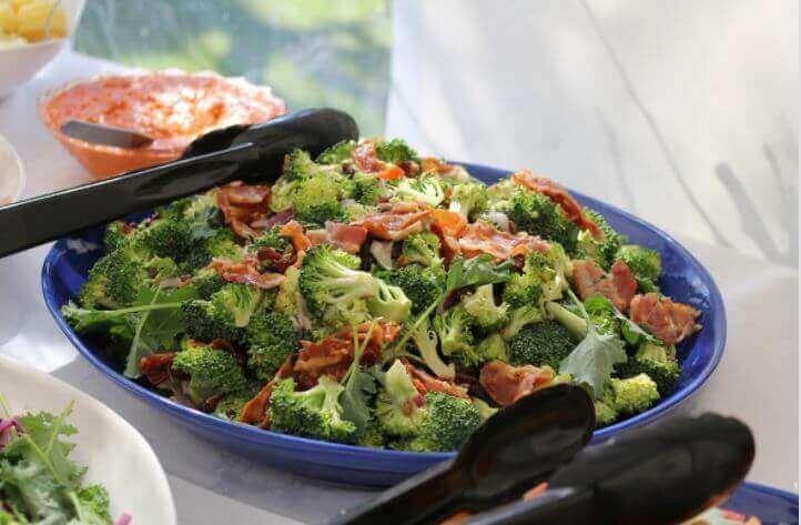 Kolay bir Tarif: Pişmiş Brokoli ve Jambon Güveci