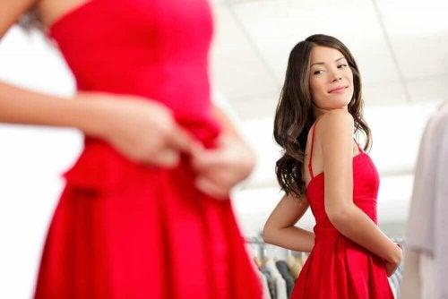 Kıyafetlerin Kalitesini Kontrol Etmeniz İçin 9 İpucu