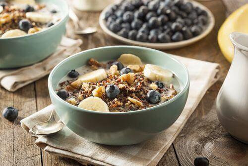 sağlıklı kahvaltı ve yulaf