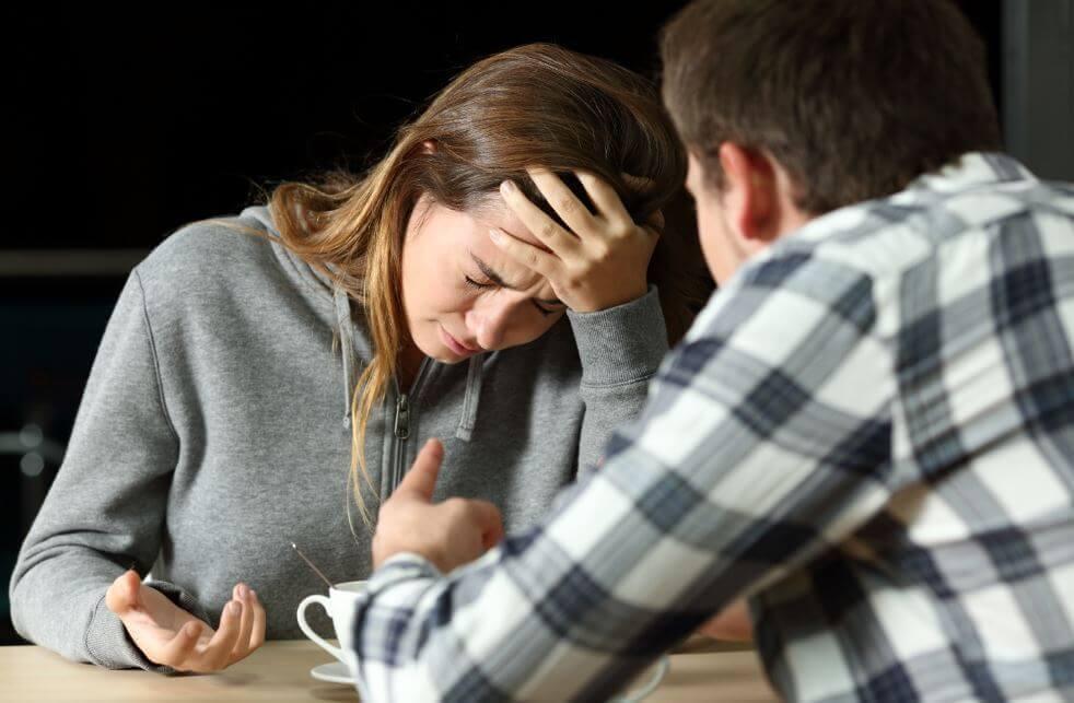 Beni En İyi Arkadaşımla Aldattı: Şimdi Ne Olacak?