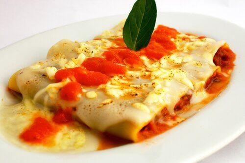 bir tabak cannelloni