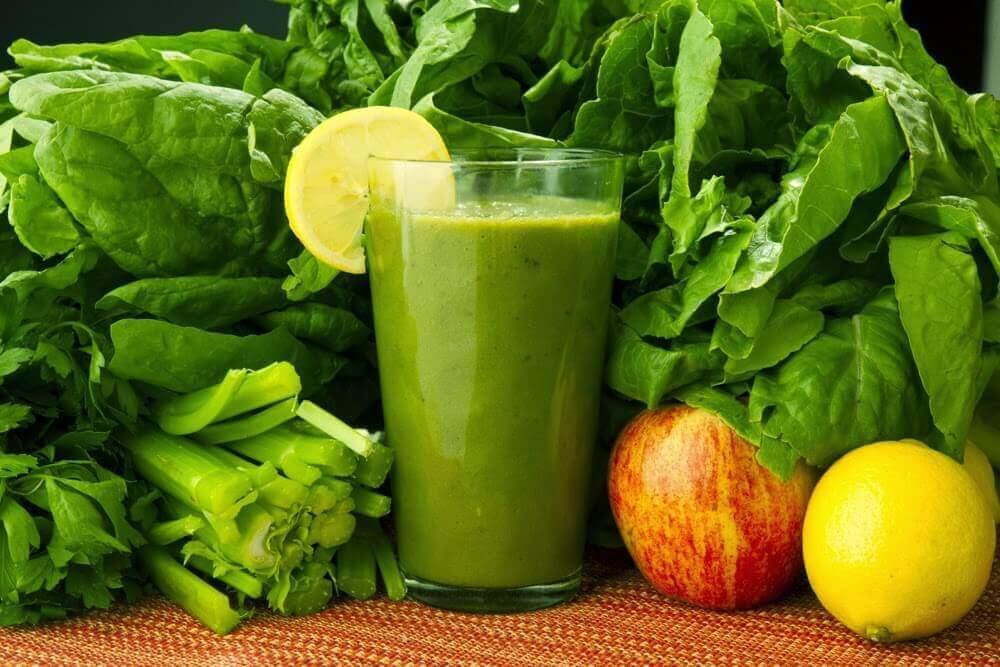 Ispanak, Havuç ve Limon: Toksinlerden Kurtulmak için Tıbbi bir İçecek