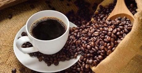 kahve ve kahve taneleri