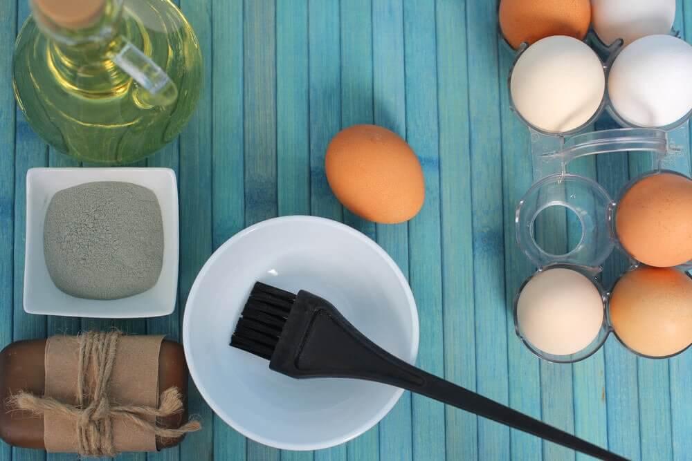 Kuru Saçlarınızı Nemlendirmek İçin 3 Yumurta Tarifi