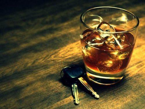 alkollü araba kullanmak