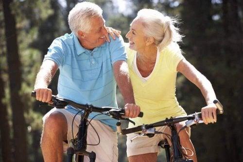 bisiklette yaşlılar