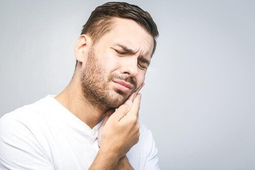 Diş Ağrısı İçin En Etkili Doğal Çözümler
