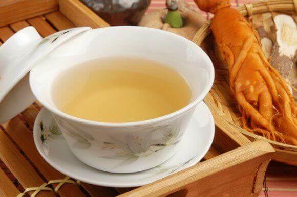 fincan içinde ginseng çayı