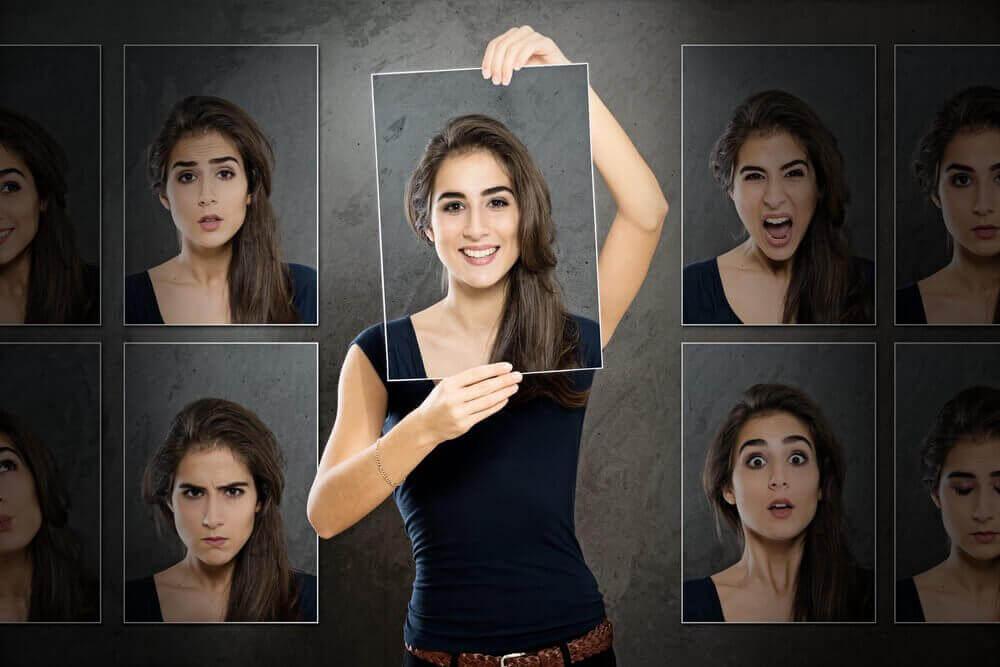 ifade seçen kadın