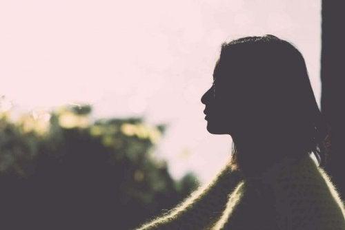 kadın ufuk pencere