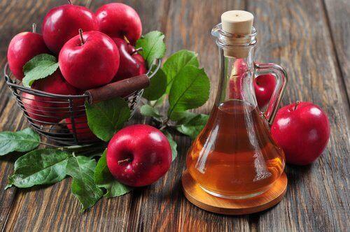 kırmızı elma sirkesi