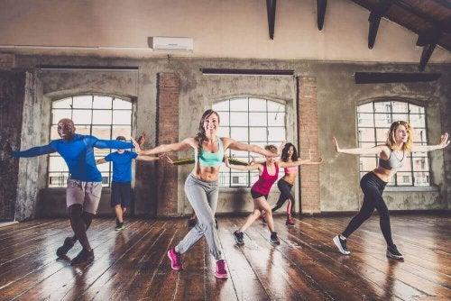 Forma Girmek İçin Dans Kardiyo Yapmaya Ne Dersiniz?