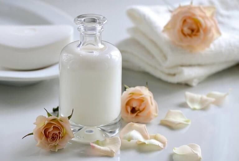 minik süt şişesi