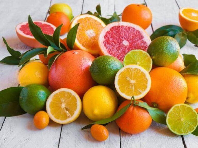 bir düzine turunçgil