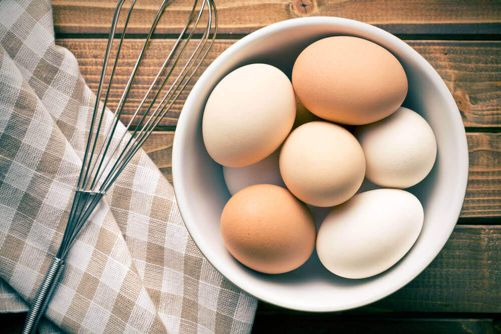 bir kase yumurta