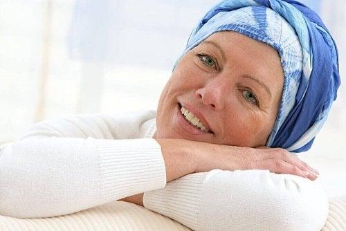 kanserli mutlu kadın