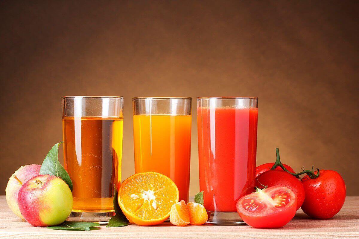 taze sıkılmış meyve suları