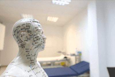 Parkinson Hastalığı İle Savaşmak İçin Kulak Akupunkturu