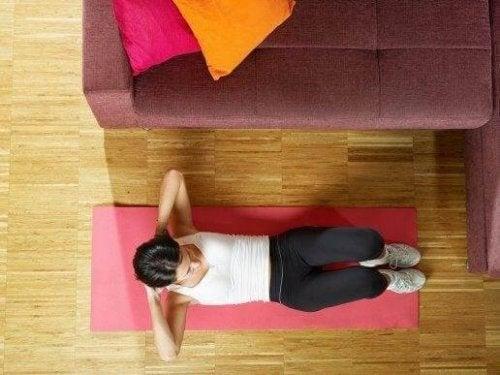 Karın Kaslarınızı Çalıştırmak İçin 5 Kolay Yol