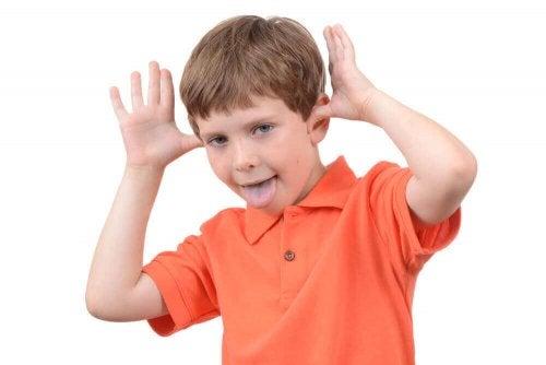 Söz Dinlemeyen Çocuklarla Ne Yapmalı