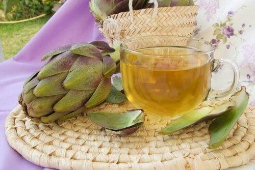 yüksek kolesterolü azalmak için enginar çayı