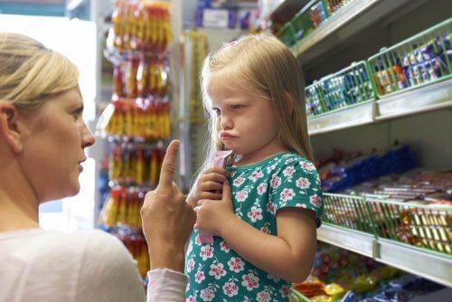 söz dinlemeyen çocuk