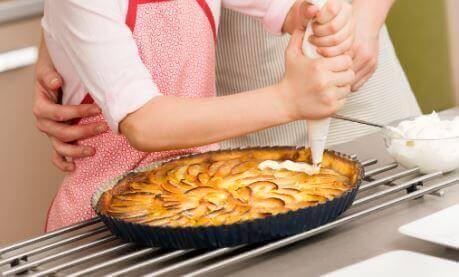 elmalı turta yapmak